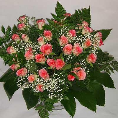 זר ורדים ורוד לבן 06 - פרחי אוריינטל - אור יהודה