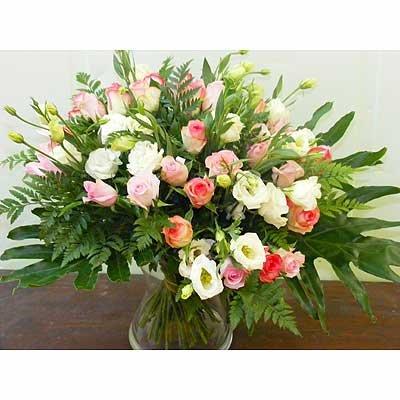 זר ורדים עם לזינטוס 26 - פרחי אוריינטל - אור יהודה