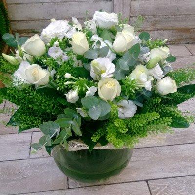 לבן באהבה - בר פרחים וכלים - אשקלון