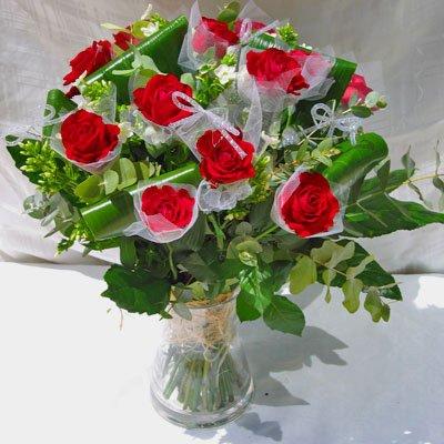 ורדים עטופים - פרחי אלונה - טבריה