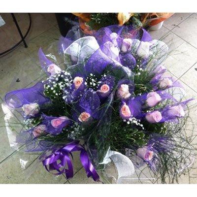 זר ורדים עם רשת - פרחי ויולט - אריאל