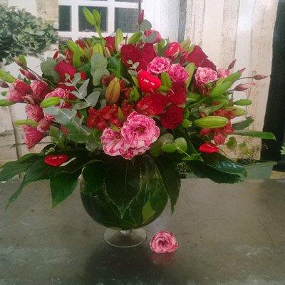אדום לוהט - בר פרחים וכלים - אשקלון
