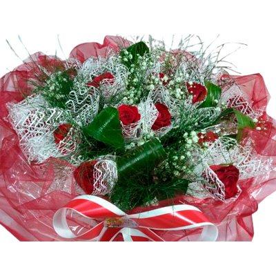 412 זר ורדים אדום מעוצב - הפינה הירוקה - בית שמש