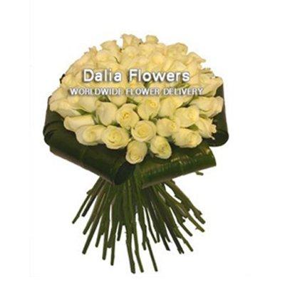 ורדים לבנים - פרחי דליה בירושלים - ירושלים