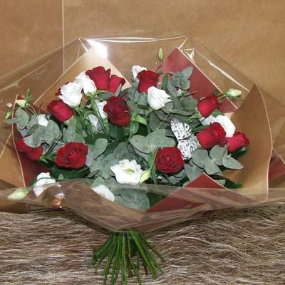 זר רומנטי - פרחים קוליברי - רמת גן
