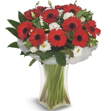 זר אהבה ראשונה - פרחי לב הגליל - טבריה