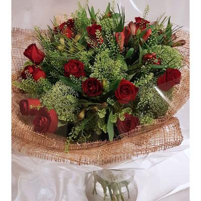 שושנים אוהבות - פרחי ונילה - ירושלים
