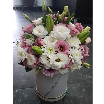 פלאוורס בוקס ורוד לבן - פרח באהבה - אילת
