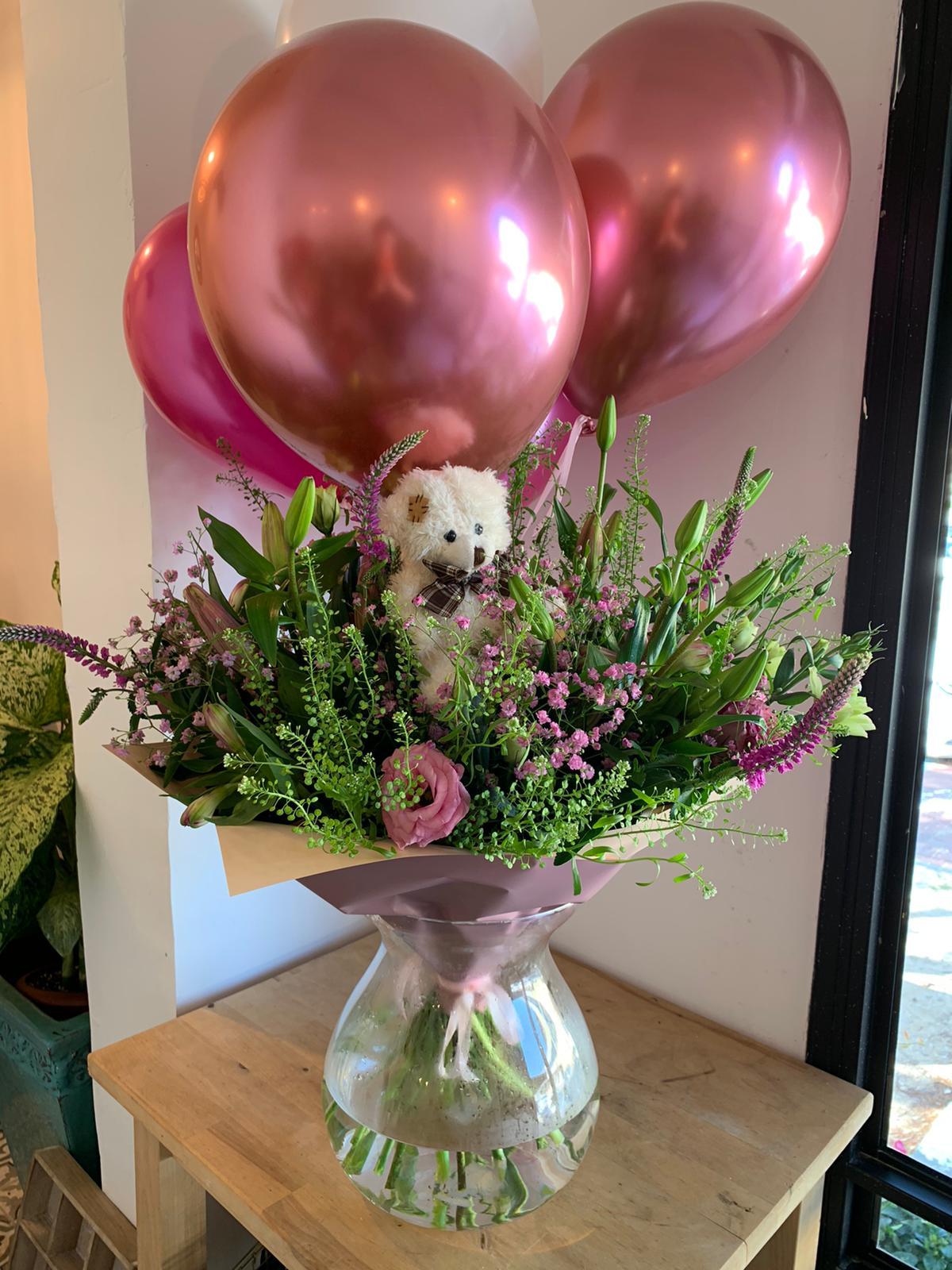 ורוד עם בלונים - פרחי סיתוונית - אשקלון