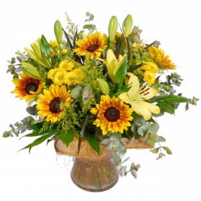 זר פרחים צהבהב - פרחי הדר - מושב צור משה