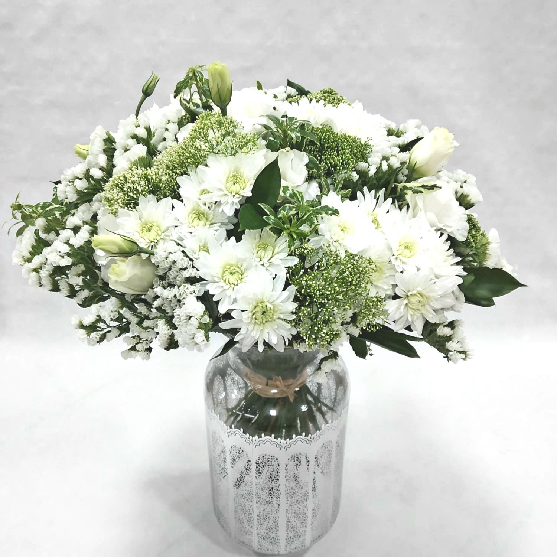 זר פריחה לבנה - תלתן פרחים - צפת