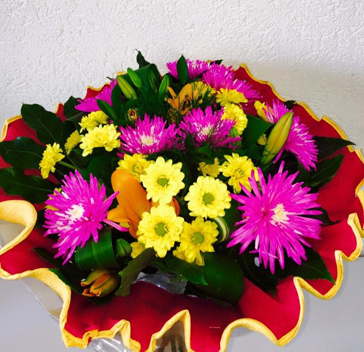 זר צבעוני מיוחד  - פרחי טוליפ - בת ים