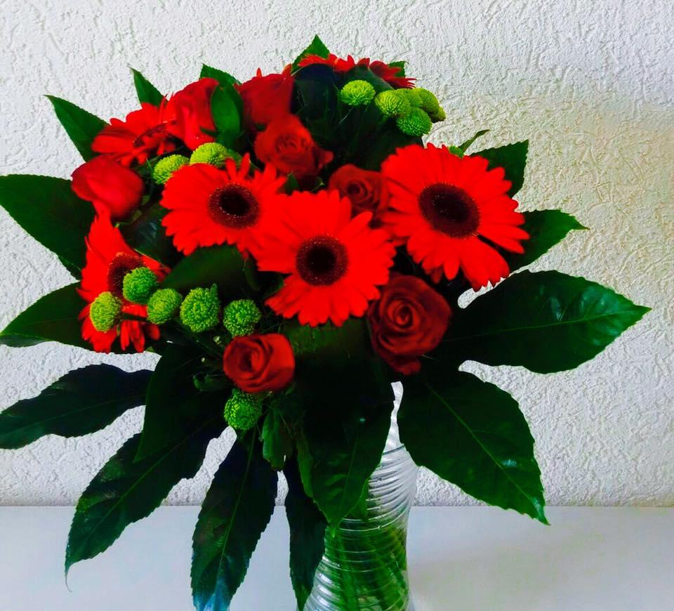 זר פרחים לוהט - פרחי טוליפ - בת ים