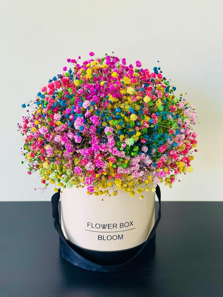 זר פרחים 10 בקופסה - ויקטוריה - לוד