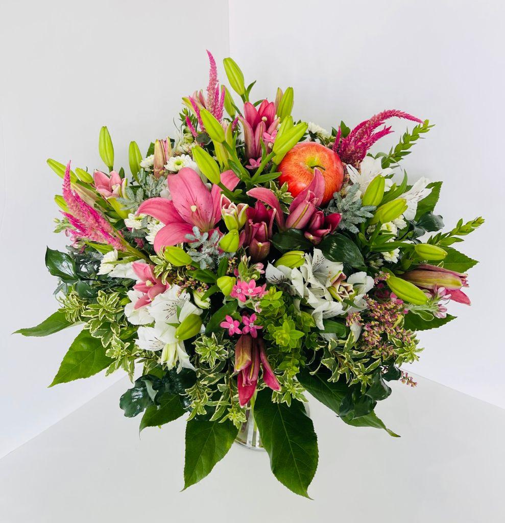 זר פרחים 13 - ויקטוריה - לוד